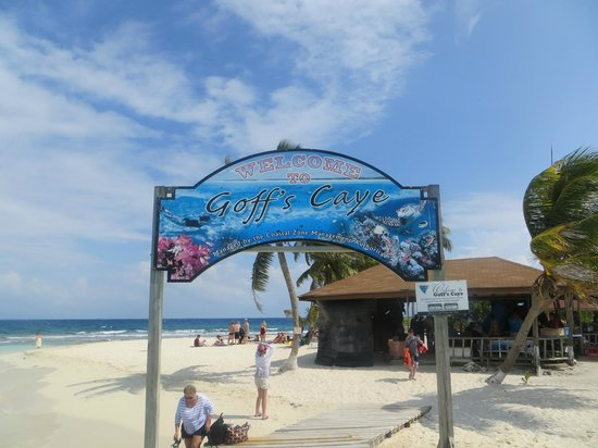 Goff's Caye: Entry to a very nice experience