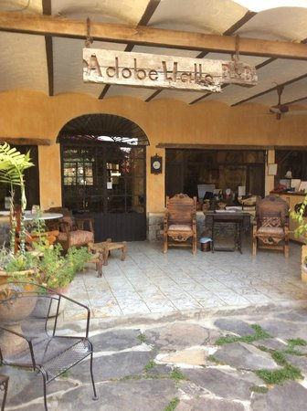 Adobe Walls Inn : Stunning lobby Area