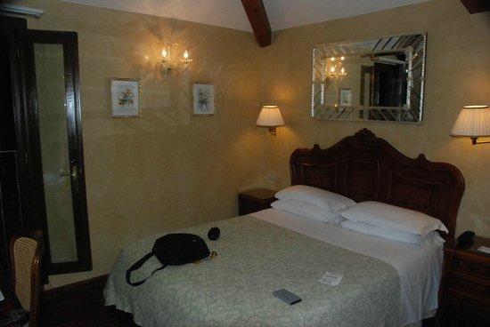 Hotel Bisanzio: chambre