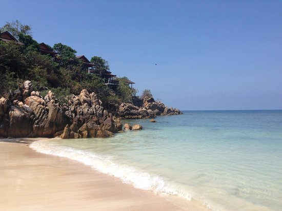Baan Haad Yao Villas: The beach near by