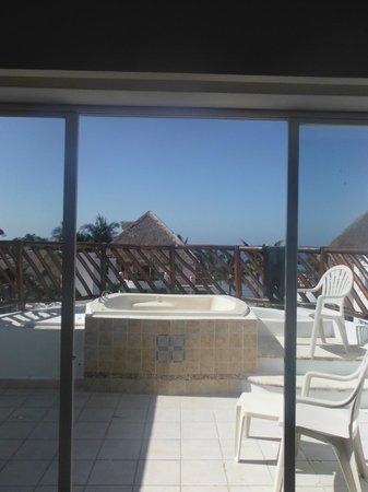 Sunscape Sabor Cozumel : jacuzzi on patio