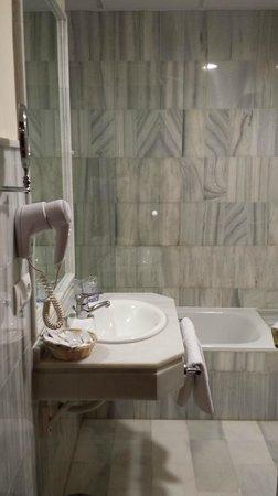 Hotel Murillo: Bagno junior suite