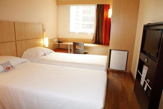 Ibis Belo Horizonte Afonso Pena: Apartamento com duas camas de solteiro