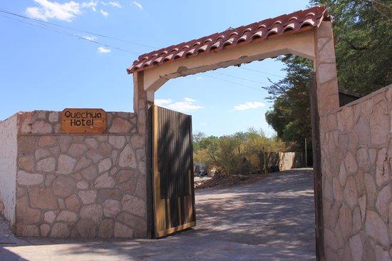 Quechua Hotel: Hotel entrance