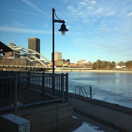 Tony D's: Winter view of The Genesee River toward the Freddy Sue Bridge.