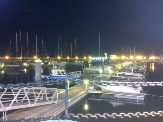 Rubimar Suite ApartHotel: Marina which is few minutes walk from hotel.