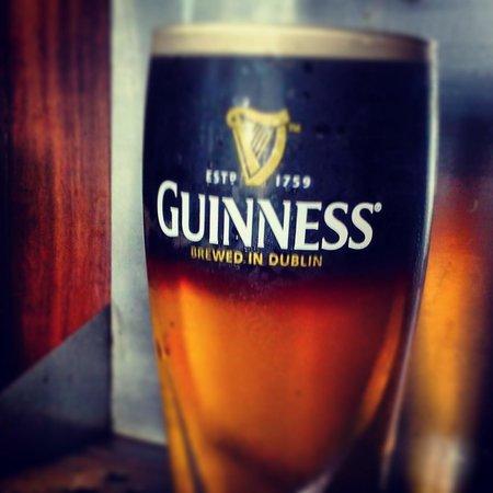 Fionn MacCool's Irish Restaurant and Pub: Best Black and Tan in Jax!