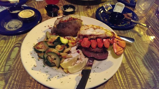 Sculley's Boardwalk Grille: Surf & Turf