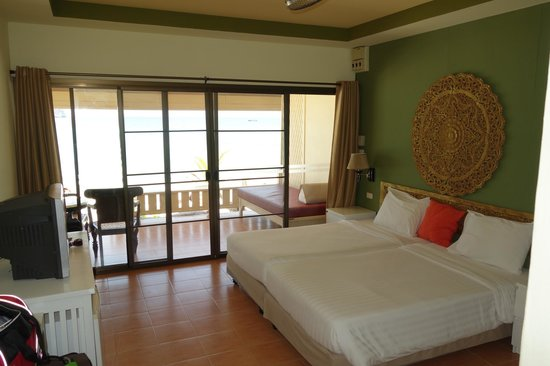Kohhai Fantasy Resort & Spa: Room - Clean