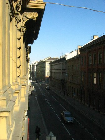 Budapest Best Apartments: Balcony View
