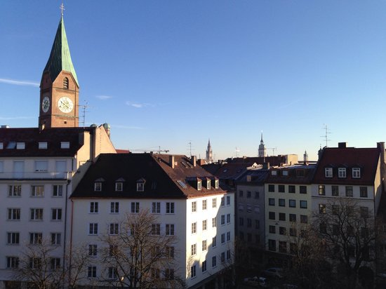 Motel One Muenchen-Sendl. Tor: View from our room