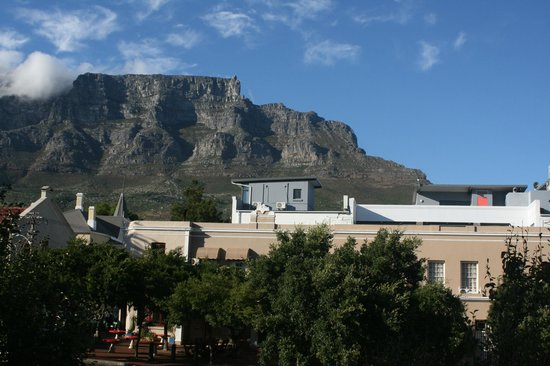 Ikhaya Lodge : View from our room of Table Mountain & Dunkley Square