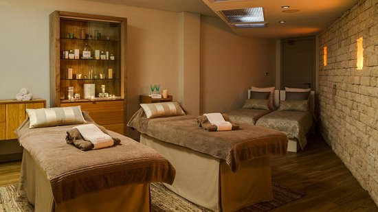 Radisson Blu Hotel Waterfront, Cape Town: Couples Treatment Room at Armani African Spa