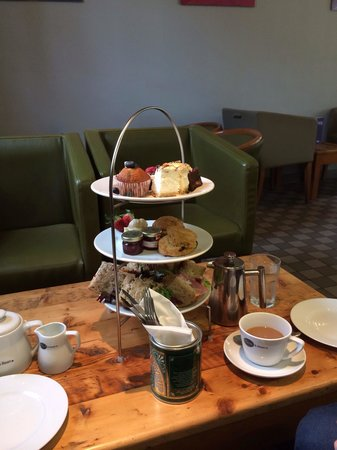 Olive and Bean : Luxury afternoon tea ��