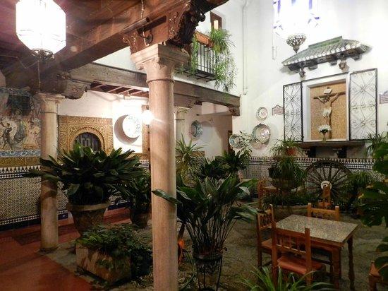 Pension San Joaquin: patio