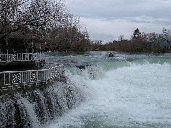 Active Nature Tours: Wasserfall
