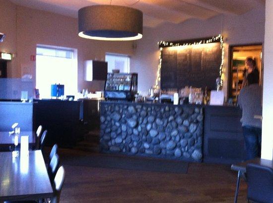 Icelandic Fish & Chips: Trendy restaurant