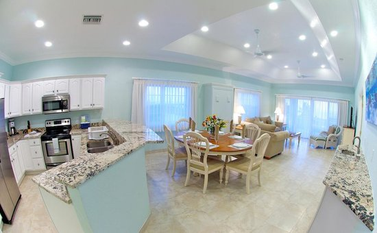 Compass Point Dive Resort: 3 Bedroom Penthouse Condo