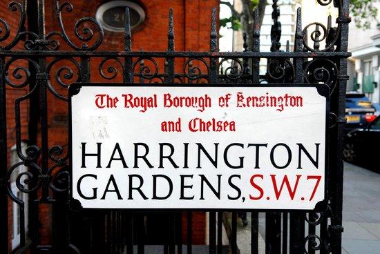 Avni Kensington Hotel: Alrededores