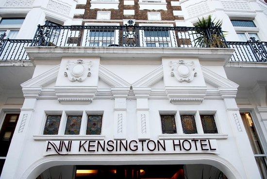 Avni Kensington Hotel: Balcón habitación