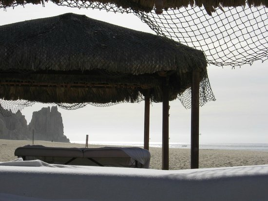 Get a massage on the beach - Picture of Playa Grande ...