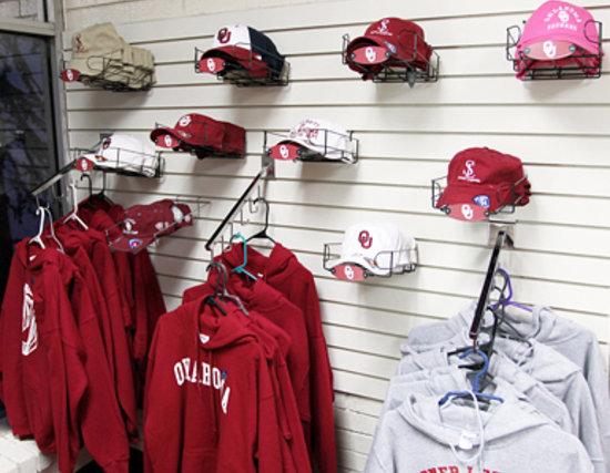 Sooner Legends: Guest Market