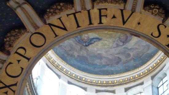 Cupola di San Pietro: Купол изнутри