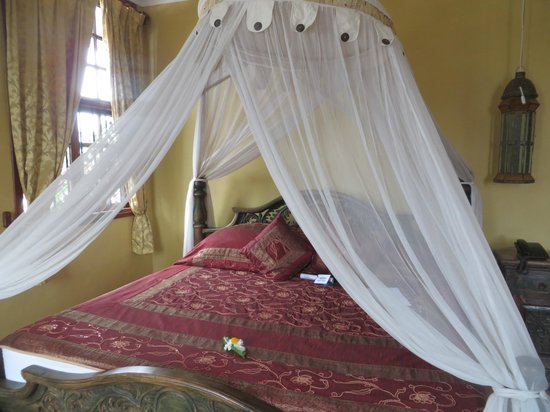 Zanzibar Palace Hotel: Comfortable bed