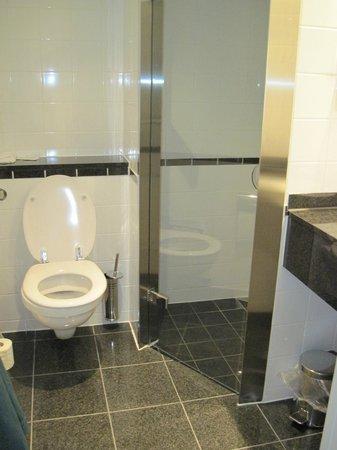 Gentofte Hotel: bagno