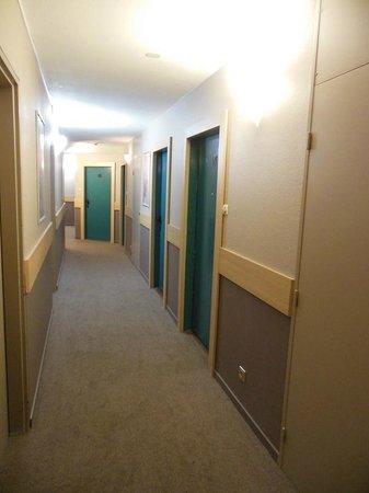 Staycity Aparthotels Gare de l'Est : Corredor.