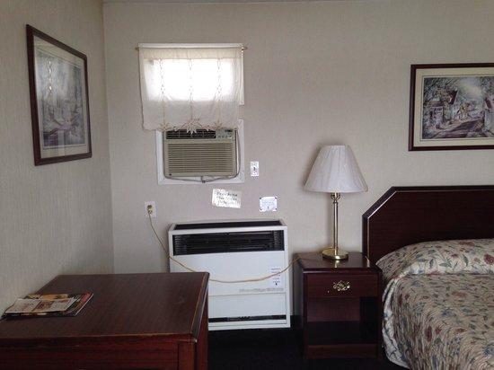 Rath Inn: Table heater bed
