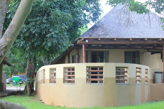 Lower Sabie Restcamp: Here's a view looking back to the bungalow. You can see the large veranda area out back.