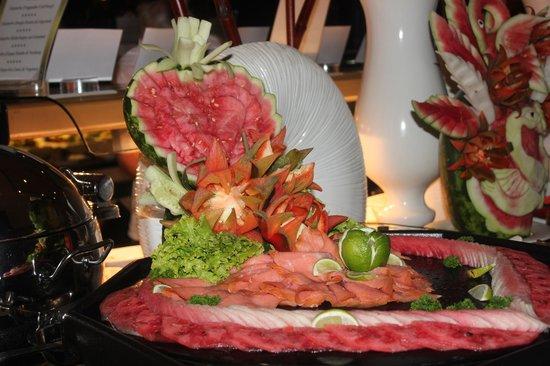 Luxury Bahia Principe Ambar Don Pablo Collection: soirée gala buffet