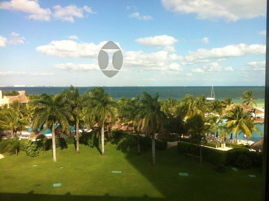 Presidente InterContinental Cancun Resort: View from the room