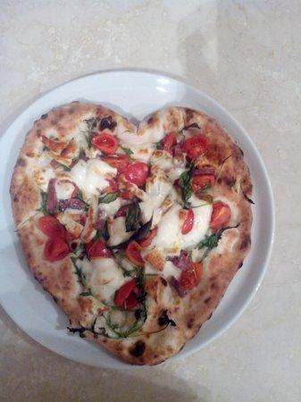 pizzeria nonna giovanna: pizza dora