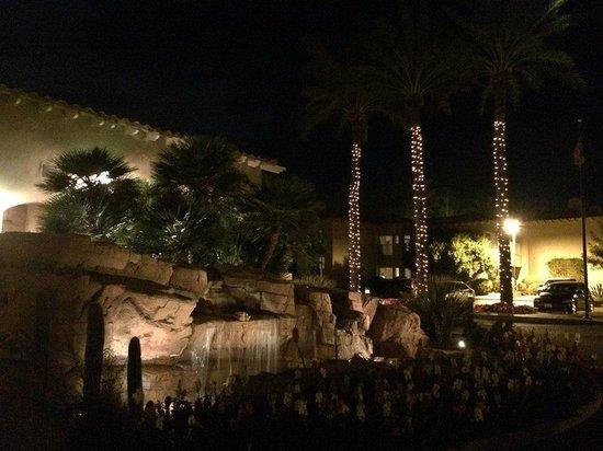 Sheraton Desert Oasis Night Arrival