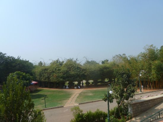 Olde Bangalore Hotel & Resort : another view