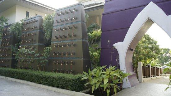 Anyavee Tubkaek Beach Resort: Wejście do hotelu