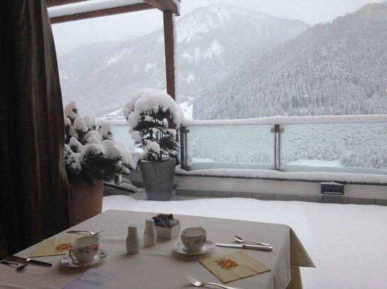 Bella Vista Hotel Emma : Colazione dopo la nevicata notturna.