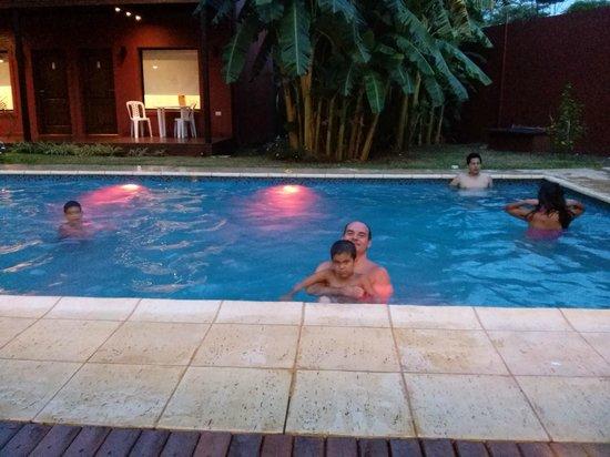 Costa Iguazu Apart Hotel: Piscina
