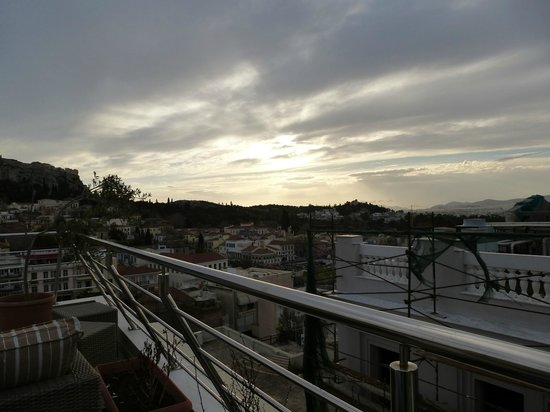 Plaka Hotel: View South from the roof terrace.