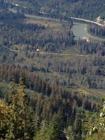 Bone Creek Wilderness Retreat : looking down at Bone Creek wilderness resort from the mountain