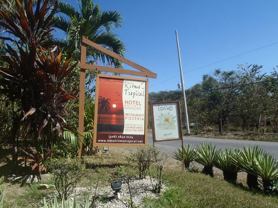 Hotel Ritmo Tropical: Sign