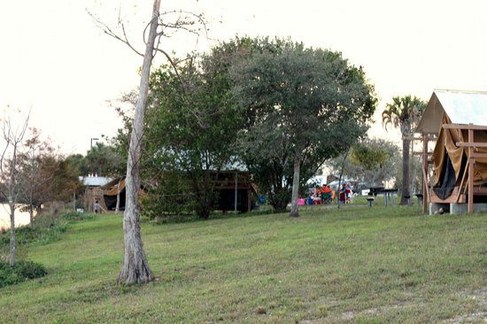 Quiet Waters Park : other tents
