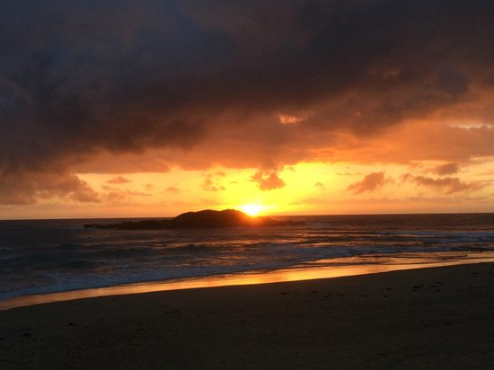 sunrise at park beach surf club coffs harbour picture. Black Bedroom Furniture Sets. Home Design Ideas