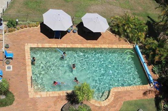 Sails Resort on Golden Beach: Heated Pool