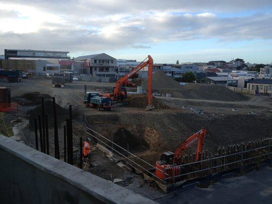 Quest Ponsonby: Earth moving taking place at 7:45 am - taken from back door of room G3