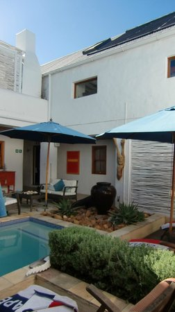 Paternoster Dunes Boutique Guest House: Pool-Innenhof
