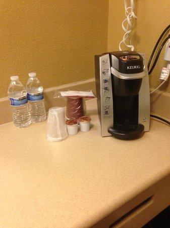 Hotel Miramar: Keurig coffee maker