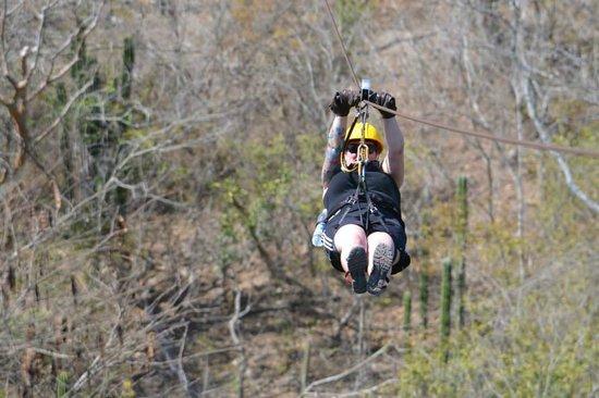 Veraneando Adventure Zipline Tour and River Ride Tour: Zip line!!!